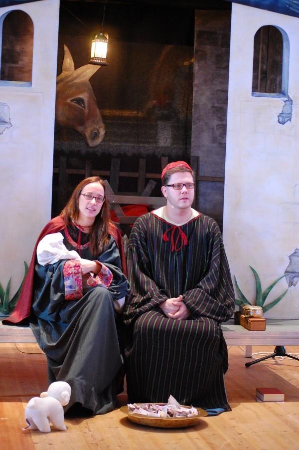 Josef och Maria i julspel Själevads Kyrka'