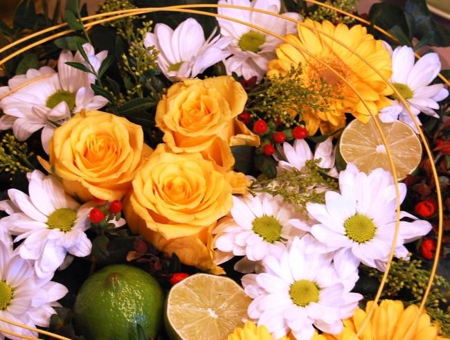 Blomsterdekoration av en bukett för 50 kr (1)